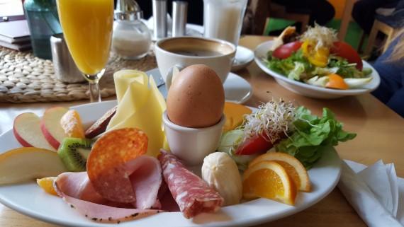 Snygg och god frukost på Cafe Tasso.