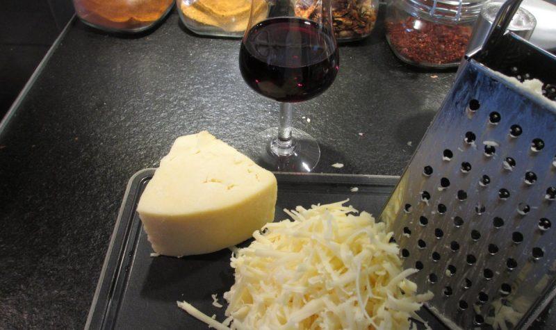 Enkel och god ostsås.